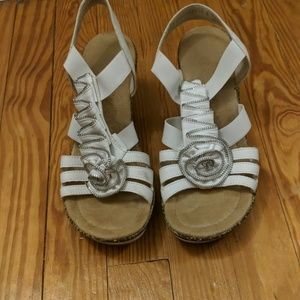 White and silver wedge dressy sandal